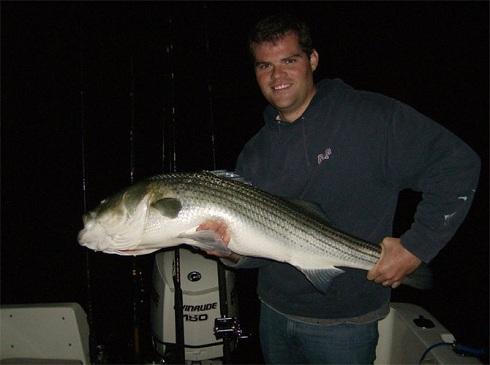 Night fishing cape cod with the tube and worm for monster for Best time for bass fishing