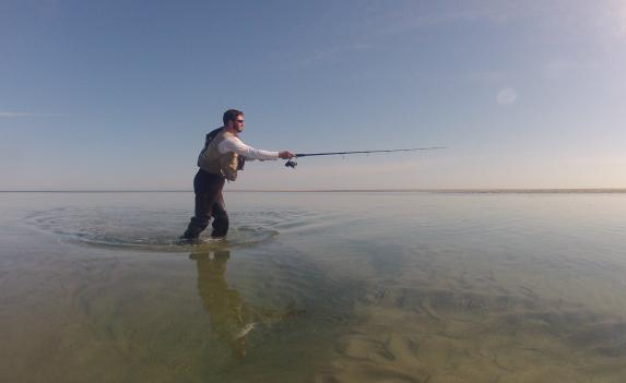 tidal pool shallow water fishing