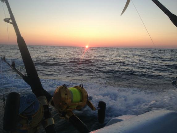 sunrise while cape cod tuna fishing